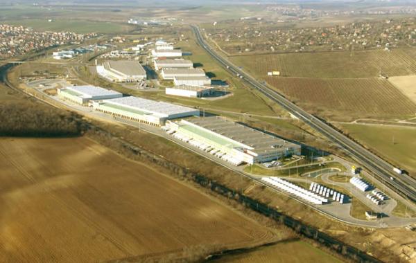 Rynart IV logisztikai központ